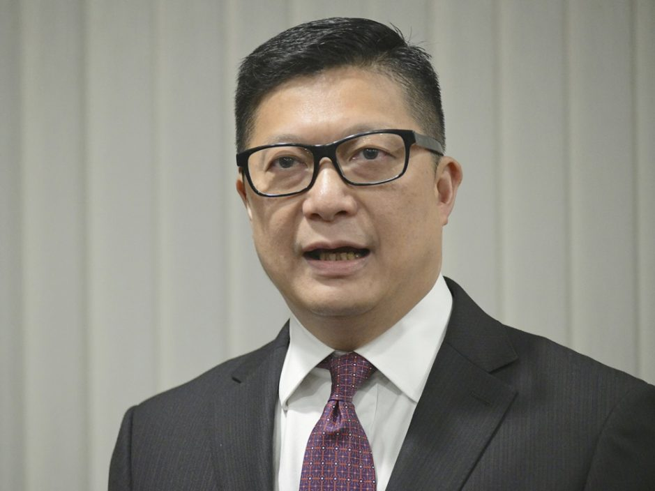 指守护香港是毕生志愿 邓炳强:续打击本土恐怖主义及外国势力