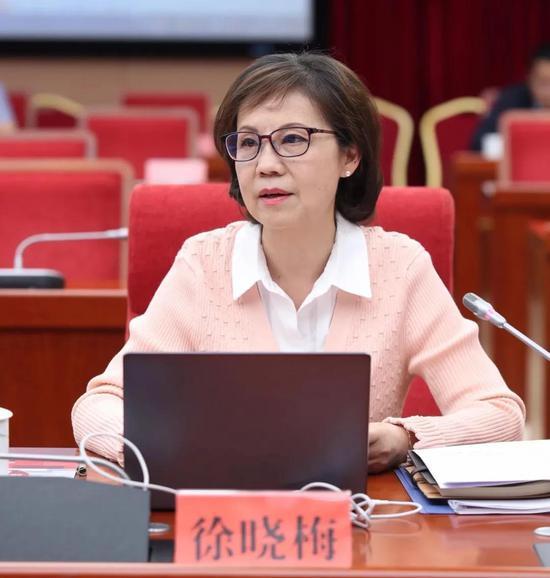 徐晓梅任中共昆明市委委员、常委