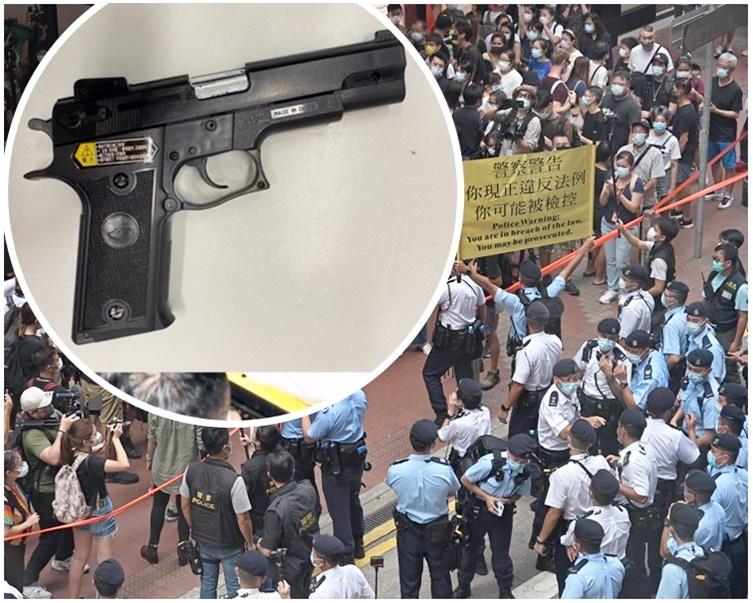 警七一共拘19男女 检仿制枪械及卡片刀