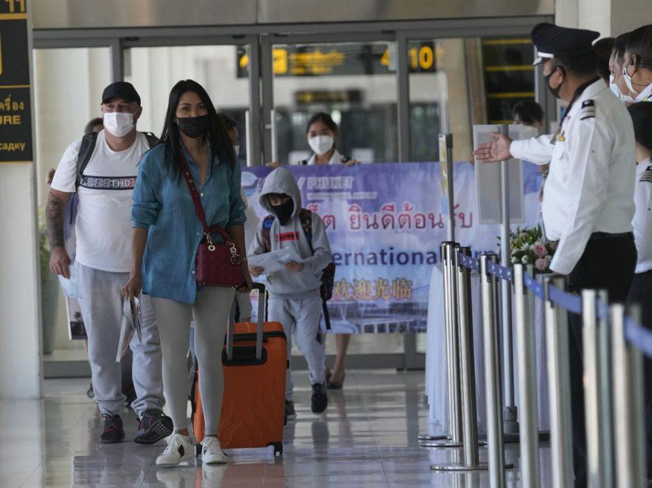 泰国布吉岛向外国游客开放 有条件免14天隔离