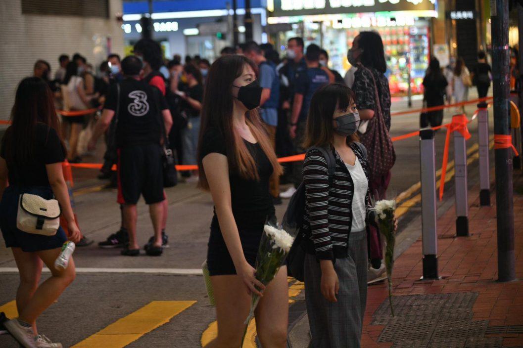 谴责美化罪行 邓炳强对有家长带子女悼念恐怖分子感心寒