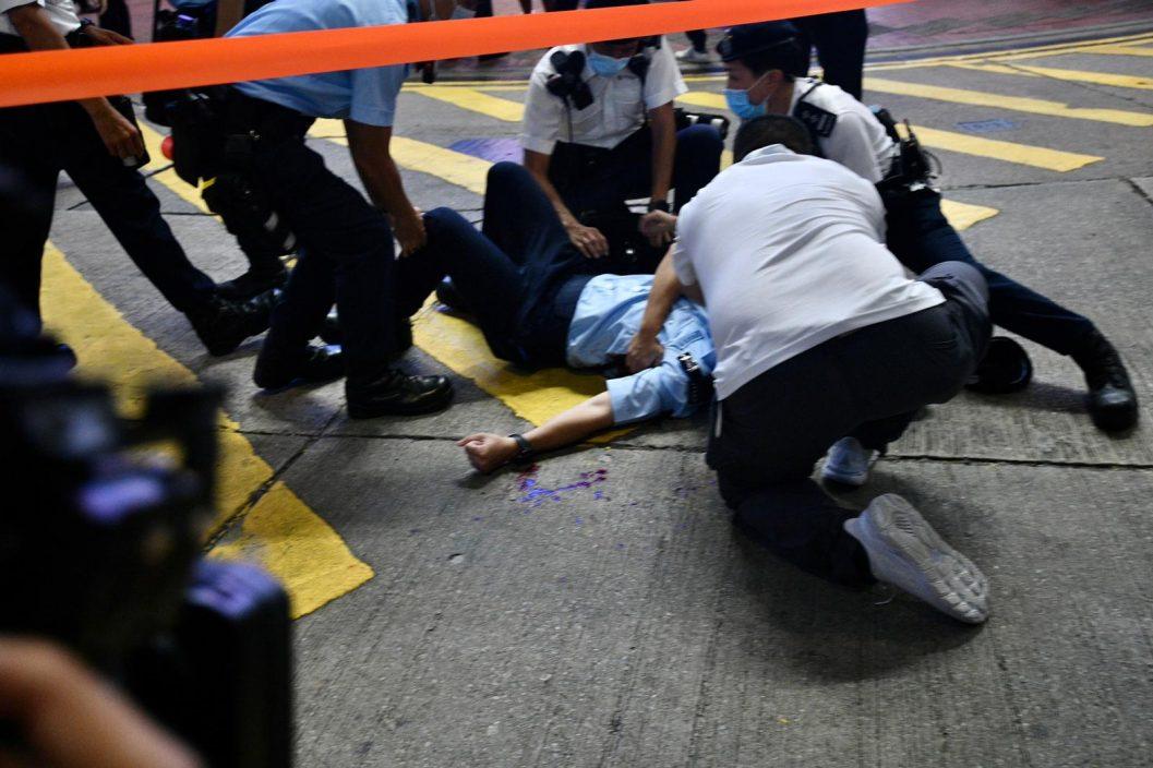 入境处4个工协会谴责网民美化袭警凶徒及暴力