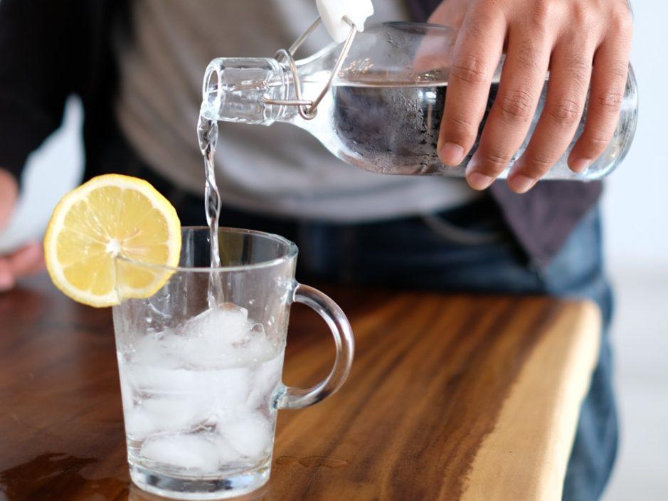 【健康talk】饮水太多易肥?  5个补水时机助减摄取卡路里