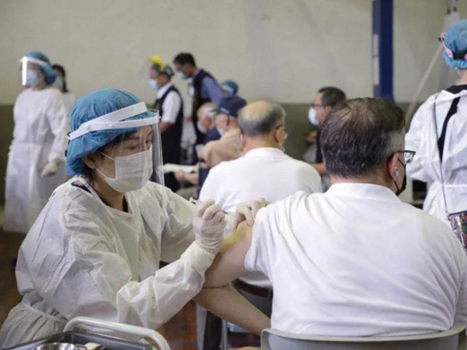 台湾新冠疫苗接种量创新高 莫德纳投入接种带动