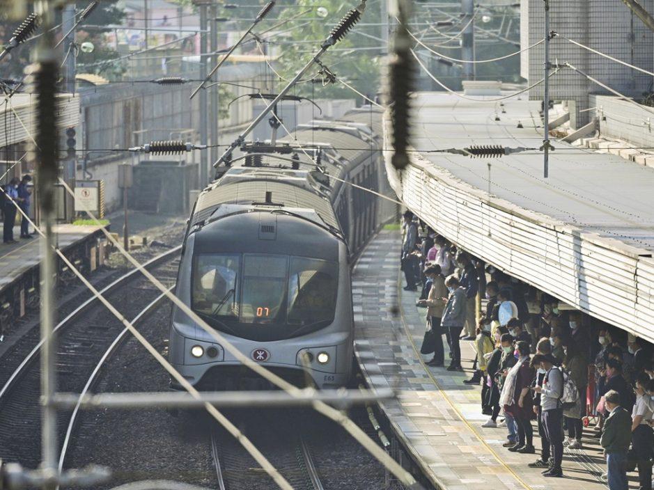 东铁线旺角东至红磡站今暂停服务