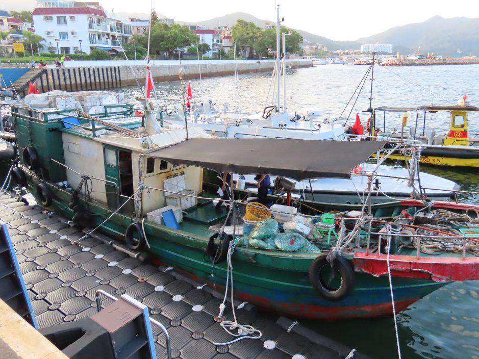 3内地渔民疑于香港水域非法作业 明日提堂