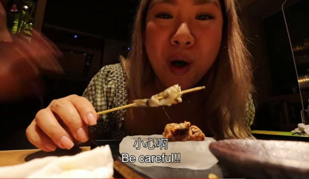 【食得肉紧】朋友请食好西贺夺女歌手奖 郑欣宜兴奋到伸脷舔埋鲍鱼汁