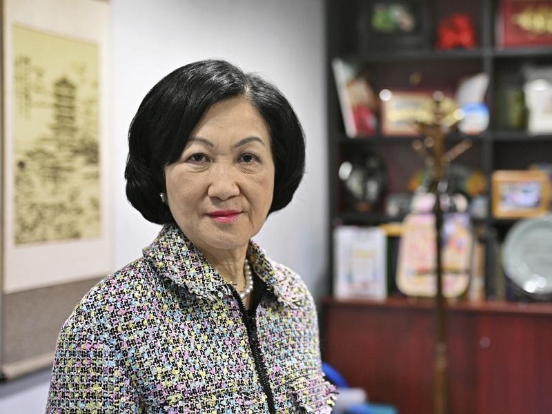 叶刘:美化恐怖活动道德上不正确 违法与否需视乎情节