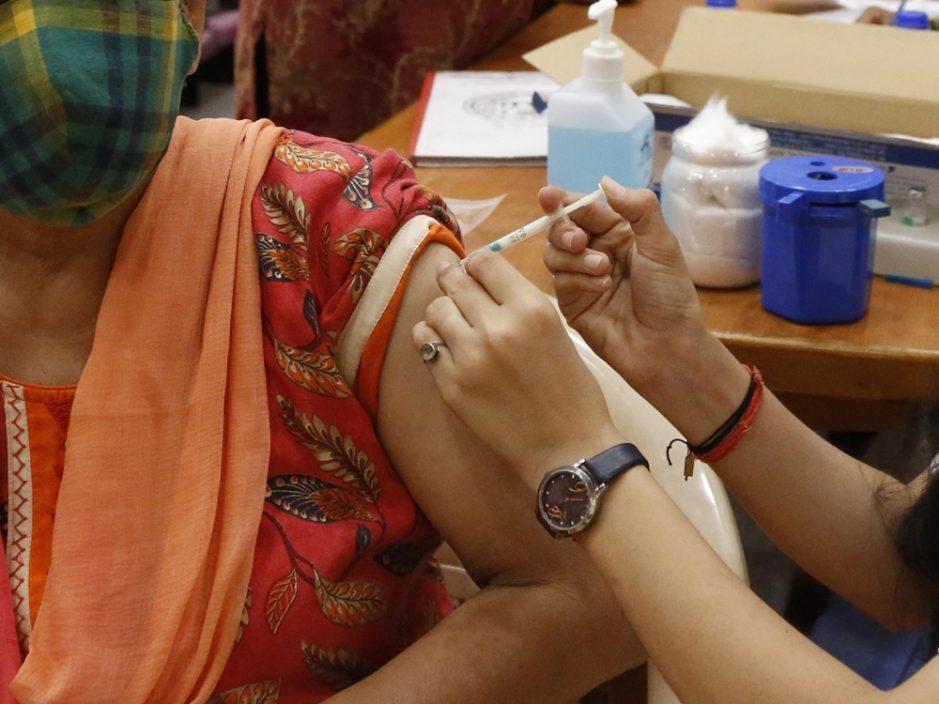 印度孟买疑逾2千人被注射假疫苗 警拘14人包括医护