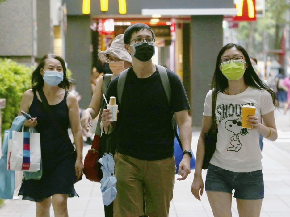 台湾增28宗本土确诊 苏贞昌:将讨论本月12日或适度解封