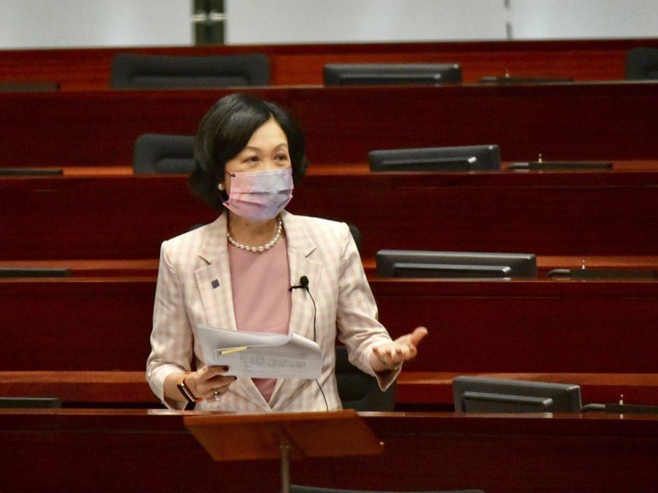 叶刘淑仪关注教师语文试英文写作分数低 教育局指不反映师资