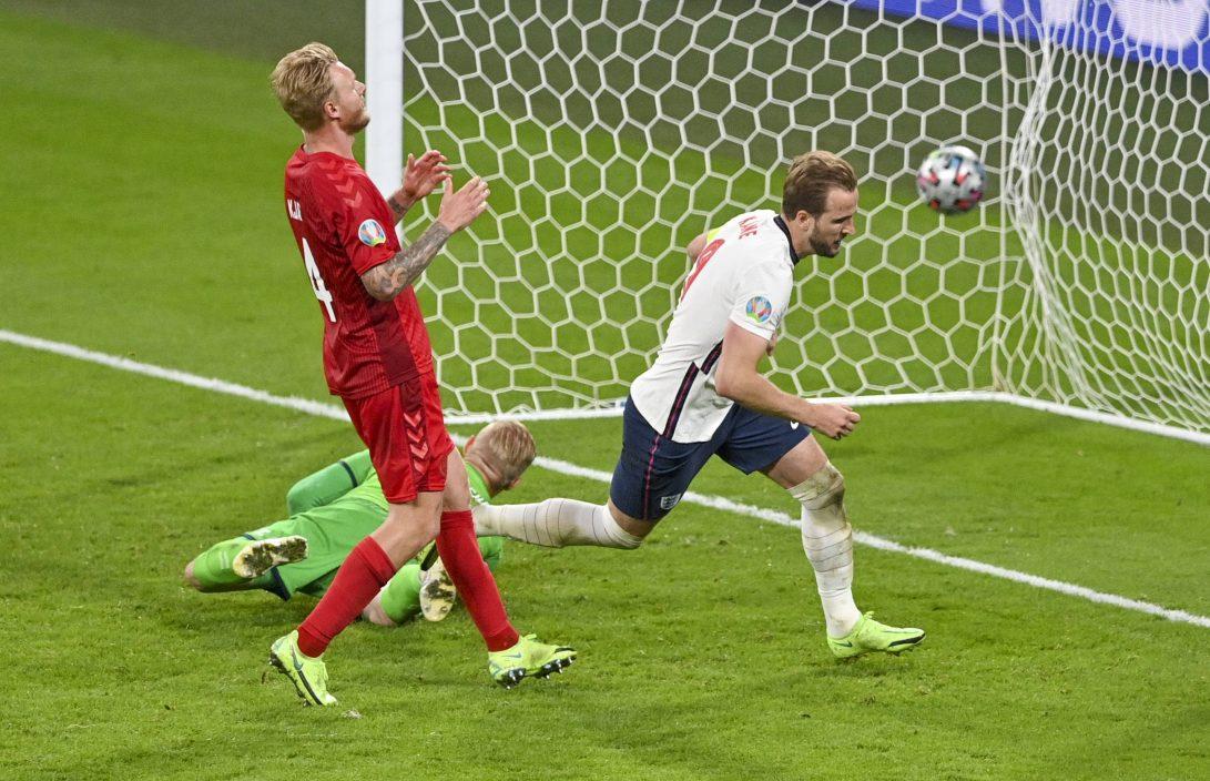 【欧国杯】国际大赛累积入十球 哈利卡尼追平连尼加纪录