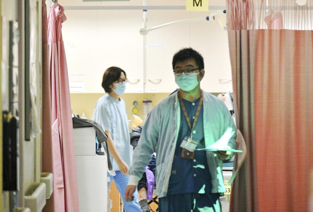 再多5名新冠确诊病人康复出院 52人仍留医