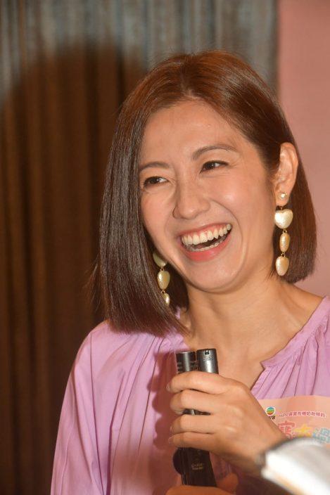 王浩信38岁生日无表示 陈自瑶避谈老公演双重人格表现