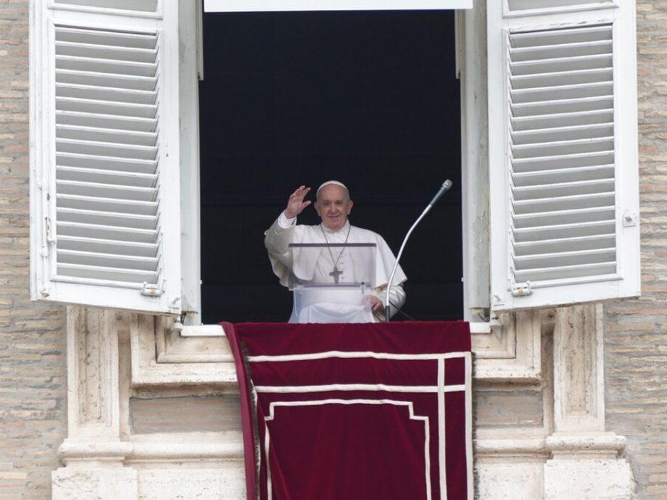 教宗结肠手术后发烧 梵蒂冈称无异常情况