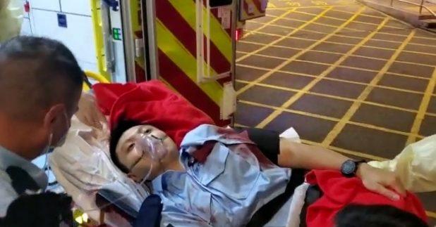 昨晚在铜锣湾执勤时遇袭的28岁警员,目前情况严重。